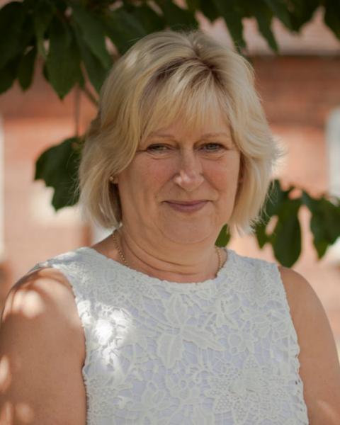 Sheila Henshall